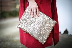 $1 Sequin DIY Clutch (Yes, No Sew!)