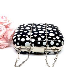 Bolsa de festa de bolinha  99,90  Compras pelo site : )