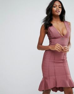 Get this Missguided's midi dress now! Click for more details. Worldwide shipping. Missguided Purple Bandage Plunge Frill Hem Midi Dress - Pink: Evening dress by Missguided, Ribbed bandage fabric, Added stretch for comfort, Plunge neck, Peplum hem, Zip back, Hook and eye closure, Close cut bodycon fit, Machine wash, 95% Polyester, 5% Elastane, Our model wears a UK 8/EU 36/US 4 and is 176cm/5'9.5 tall. With an eye on the catwalks and hottest gals around, Missguided's in-house team design for…