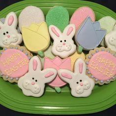 Easter Royal Icing Sugar Cookies by @cookiesbykatewi #easter #bunnies #eggs #tulips