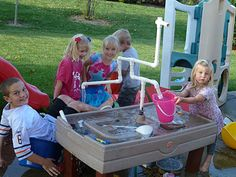 Sometimes Creative: Sand table into waterworks Water Table Toy, Water Tables, Sand Table, Sand Play, Water Play, Projects For Kids, Diy For Kids, Backyard Water Parks, Table Fountain