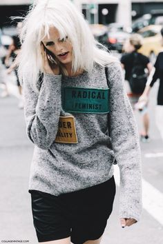 New York Fashion Week Street Style #1// Sweater and shorts
