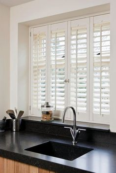4 Vibrant Tips AND Tricks: Bedroom Blinds Home Decor kitchen blinds pelmet box.Bedroom Blinds Home Decor rustic kitchen blinds. Roller Blinds Kitchen, Kitchen Window Blinds, Kitchen Shutters, Wooden Window Blinds, Wooden Shutters Indoor, Wooden Doors, Window Shutter Blinds, White Wooden Blinds, Kitchen Window Coverings