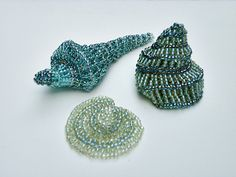 Mary Yaeger's original beadwork design for shell shapes using the Albion stitch