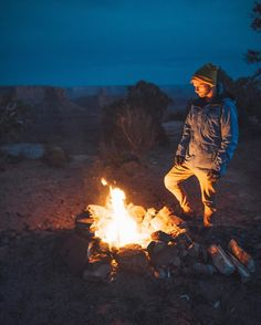 Who wants to have a campfire this weekend?  New blog post from mine and @wanderlustnotless Thanksgiving weekend road trip to Moab! Check out the post for unseen photos and spits you should see on your next trip to Southern Utah! Link in my bio!  @visitutah @stayandwander