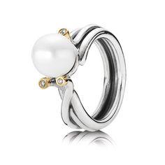 Pandora pearl ring.       Santa, I've been really good this year.