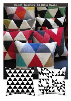 DIY Des triangles au crochet pour faire des coussins. (DiaryofaCreativeFanatic) (http://www.diaryofacreativefanatic.com/2012/10/crochet-crochetpatterns.html#more)