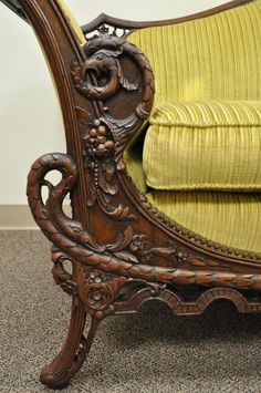 1930s Mahogany Chinese Chippendale Transitional Swan and Serpent Carved Sofa 4