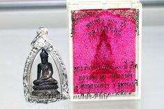Phra Kring Luang Pho Mui Wat Don Rai Thai Buddha Amulett mit Silberfassung.