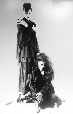 Edit: Not Trad Goth 1980's, it's 1990's.. Will Hulihan and Jillian Venters, photo by David Brommer †
