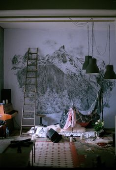@Marci Hernandez - this is how I picture your future studio...you drawing on the walls with a bed on the floor for naps in between being all artsy