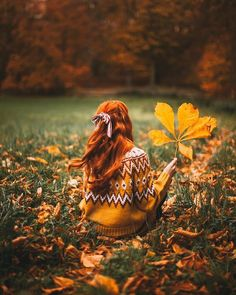 Find me amongst the fallen leaves🍂🍂🍂PS I'm using