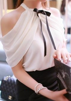 Open Shoulder Bow Plain Sleeveless T-Shirts – Women Fashion Wear Trends Fashion Wear, Girl Fashion, Fashion Outfits, Classy Outfits, Chic Outfits, New Style Tops, Next Clothes, Elegant Outfit, Blouse Designs