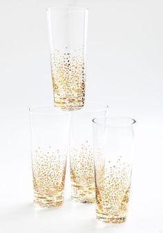 I Knew You Were Bubble Glass Set. Bring sparkle and cheer to any event with these effervescent cocktail glasses. #gold #wedding #modcloth