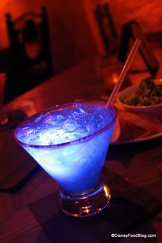 Top 10 Disney World Bars and Lounges | the disney food blog