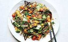 Farro and Tomato Salad with Fish-Sauce Vinaigrette. via epicurious Farro Recipes, Best Salad Recipes, Salad Dressing Recipes, Easy Healthy Recipes, Salad Dressings, Tomato Salad, Side Dish Recipes, Asian Recipes, Side Dishes