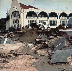 Port Elizabeth of Yore: The Great Flood of September 1968 - The Casual Observer Port Elizabeth, South Africa, House Styles, Om, Cape, September, Memories, History, Casual