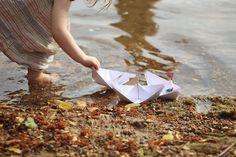 GINGERLILLYTEA: Sailing paper boats