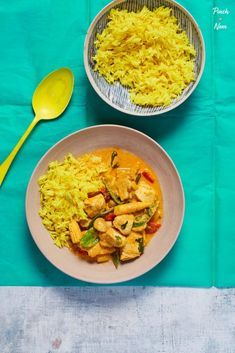 Creamy Chicken Curry - Pinch Of Nom Healthy Eating Recipes, Cooking Recipes, Healthy Food, Yummy Food, Tasty, Easy Slimming World Recipes, Slimming Eats, Creamy Chicken Curry, Pasta Salad With Spinach