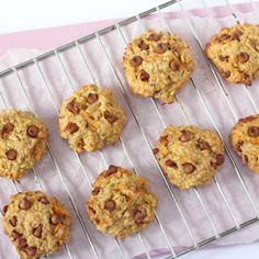 Healthy Carrot & Apple Breakfast Oat Cookies