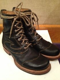 M8 Frontier Wyatt in black leather! $65