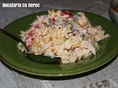 Salata de pui cu paste - Bucataria cu noroc Noroc, Paste, Potato Salad, Grains, Potatoes, Rice, Ethnic Recipes, Potato, Seeds