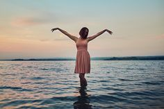 Ana Viana Fotografia - Retrato Feminino - luz natural - portrait - sunset - water - free