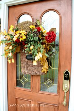 Thanksgiving Front Porch Decorating Idea