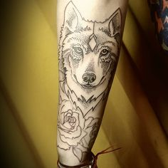 "67 Likes, 1 Comments - Griselda Tatuadora (@griseldatatuadora) on Instagram: ""Gracias constanza perreta !#wolftattoo #wolf #wolftatuajes #dotworktattoo #dotwork #tattoos…"""