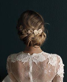 Brautfrisur updo - chignon , bridalhair , hochsteckfrisur , hairstyle , haarknoten , hochzeit , weddinginspo , brautschmuck , haarschmuck ,
