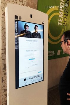 We make premium digital kiosks. We are proud to continue manufacturing high quality digital kiosks and billboards for indoor and outdoor with more than 20 years of experience. Digital Kiosk, Digital Signage, Auditorium, Tenerife, Billboard, Case Study, Multimedia, Innovation, Calendar