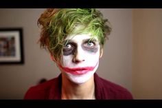 Joe Sugg's impression of the Joker, sooo sexy how he bites his lip AND that he does the voice so perfectly!! Sugg Life, Jewelry Tumblr, British Youtubers, Joe Sugg, Tyler Oakley, Joker Cosplay, Danisnotonfire, Bff Goals, Dan And Phil