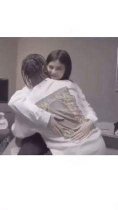 Kylie Jenner Outfits, Kylie Jenner Fotos, Trajes Kylie Jenner, Travis Scott Tumblr, Travis Scott Kylie Jenner, Cute Relationship Goals, Cute Relationships, Aesthetic Movies, Aesthetic Videos
