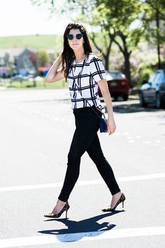 White & Black & Leopard | spring fashion tips | spring style ideas | spring outfit ideas | warm weather fashion | how to wear a cross body bag | how to style a cross body bag || The Girl in the Yellow Dress