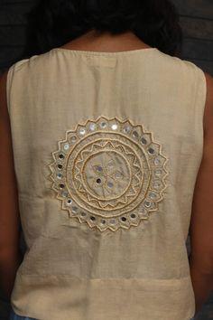 Embroidery On Kurtis, Hand Embroidery Dress, Kurti Embroidery Design, Embroidery Neck Designs, Embroidery Works, Embroidery Fashion, Embroidery Motifs, Kurti Neck Designs, Kurta Designs Women