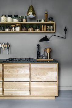 Küche Fingerzinken Modern House Ideas For You After leaving the parental domestic you attempt to con Modern Kitchen Interiors, Interior Design Kitchen, Interior Decorating, Apartment Kitchen, Home Decor Kitchen, Danish Apartment, Apartment Cleaning, Room Kitchen, Bedroom Apartment