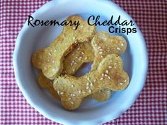 Beggles Rosemary Cheddar Crisps have a simple but amazing flavor combination of cheddar cheese and rosemary. They contain a healthy dose of turmeric, which is great for dogs with arthritis.