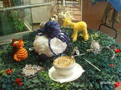 Amigurumi, rugging, coffee and live crochet performance, Creative Tanks, Sept 2012