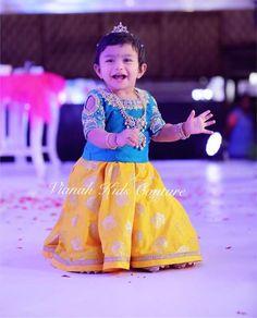 Kids Party Wear Dresses, Kids Dress Wear, Kids Gown, Dresses Kids Girl, Kids Outfits, Kids Indian Wear, Kids Ethnic Wear, Baby Lehenga, Kids Lehenga