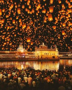 New destinations best areas best beaches best hotels best sights and best travel photography in all world travel destinations. Temple D'or, Temple India, Golden Temple Wallpaper, Travel Pictures, Cool Pictures, Places Around The World, Around The Worlds, Wonderful Places, Beautiful Places