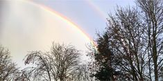 Sonne und Regen haben einen doppelten Regenbogen an den Himmel gezaubert Celestial, Outdoor, Wizards, Rain Bow, Heaven, Sun, Landscape, Outdoors, Outdoor Games