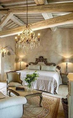 35 Charming French Country Bedroom Decor That'll Inspire You Charming French Country Design and Decor Ideas for 2018 French Country Living Room, French Country Bedrooms, French Country Cottage, Rustic French, Modern Country, Tuscan Decorating, French Country Decorating, Decorating Ideas, Decor Ideas