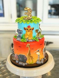 Make print outs of characters around bottom layer instead of black images. Lion Guard Birthday Cake, Lion King Birthday, Themed Birthday Cakes, Themed Cakes, 2nd Birthday, Birthday Ideas, Lion King Theme, Lion King Party, Lion King Cakes