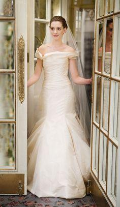 Anne Hataway. Bride Wars Gorgeous Dress