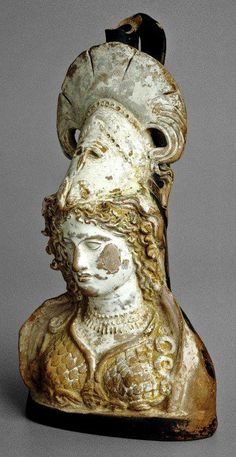 hellenismo:  Terracotta lekythos in the form of a bust of Athena (Athens, c. 400-375 BCE; British Museum)