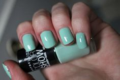 Maybelline- Green with Envy