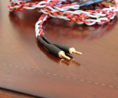 Welcome to my Instructable on how to make your own high end audio interconnects!  This guide will take you from start to finish through the process of...