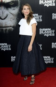 Pin for Later: 15 Reasons Keri Russell Is Really a Total Fashion Girl She's done the crop top thing — on the red carpet, no less