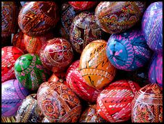 Filename: easter photography wallpaper free Resolution: File size: 628 kB Uploaded: Renton Edwards Date: Angry Birds, Hd Wallpapers For Mac, Wallpaper Desktop, Ostern Wallpaper, Easter Backgrounds, Easter Egg Designs, Puzzle Art, Coloring Easter Eggs, Egg Art