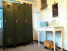 vintage lockers... yes please